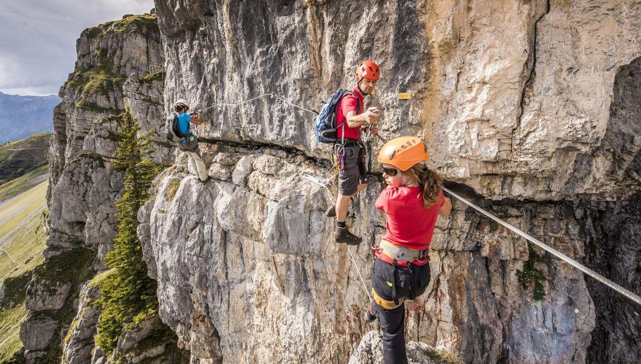 Klettersteig Uri : Engelberg ow tödlicher bergunfall am klettersteig fürenwand