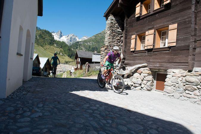 Alpine Bike: Etappe 10 Andermatt - Meiringen