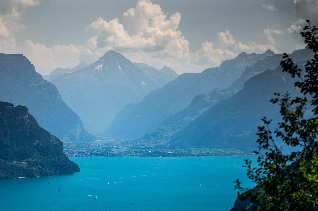Weg der Schweiz - Seelisberg-Flüelen - SchweizMobil Nr. 99
